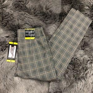 Mario Serrani   Women's Plaid Cropped Pants